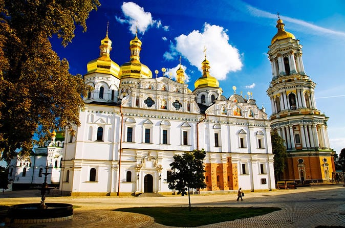 kiev-pechersk-lavra-monastery-in-kiev-356562